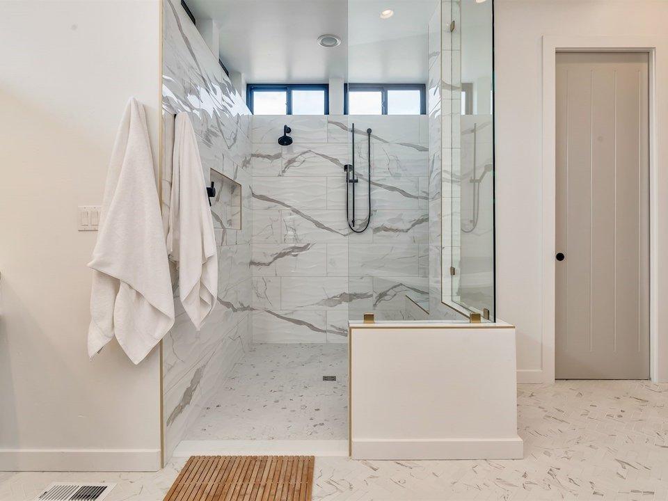 032_Master Bathroom5975 N Hacienda